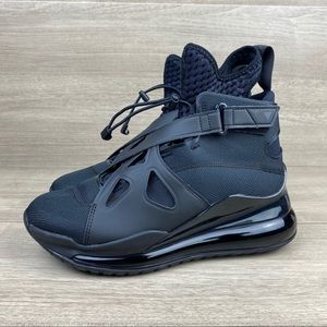 Nike Jordan Air Latitude 720 Triple Black Sneaker